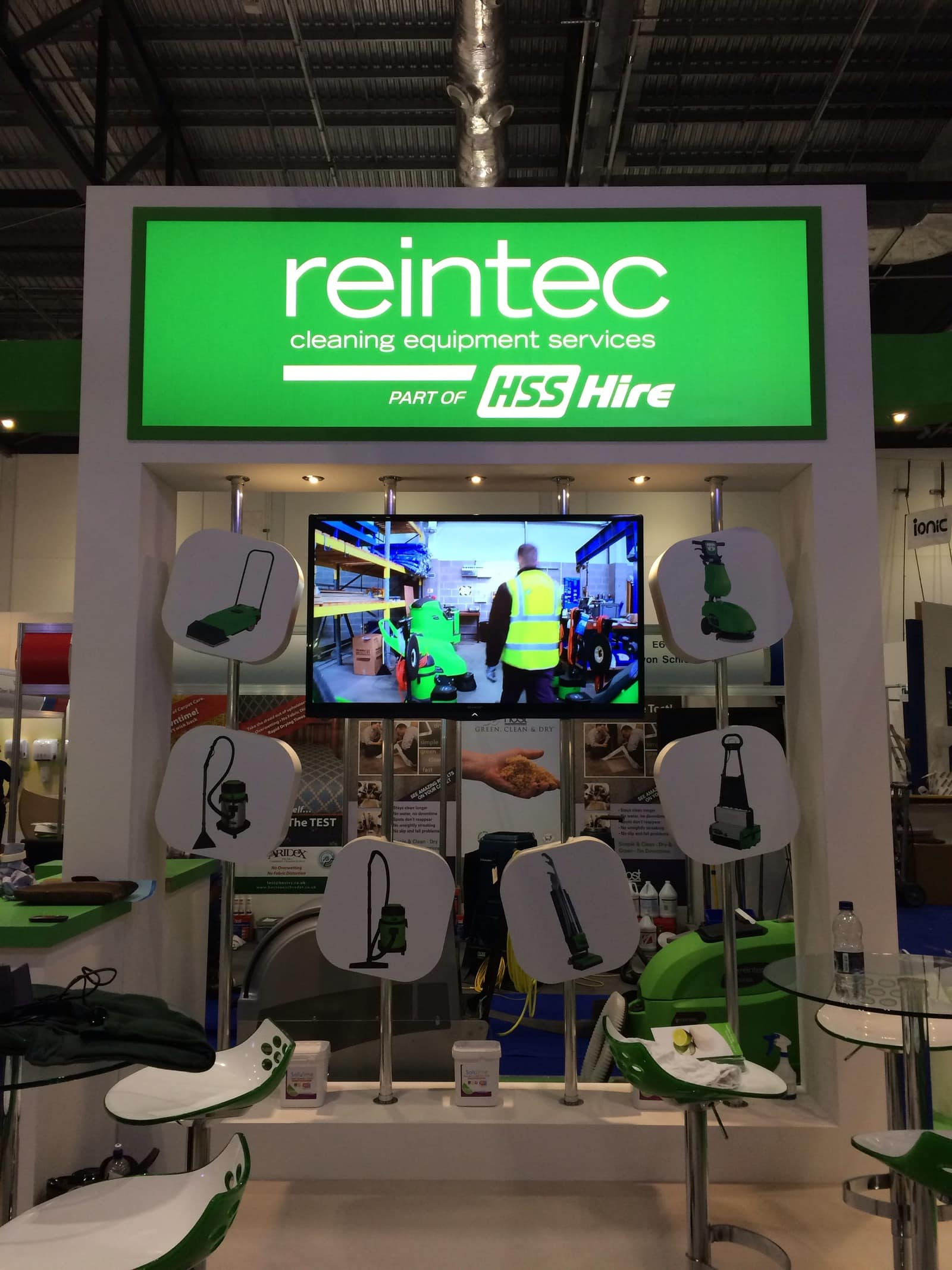 Exhibition Stand Equipment Hire : Suite nine